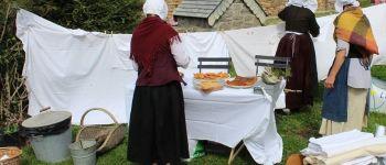 Scènes théâtralisées : retour au lavoir d'antan Sainte-Mère-Eglise